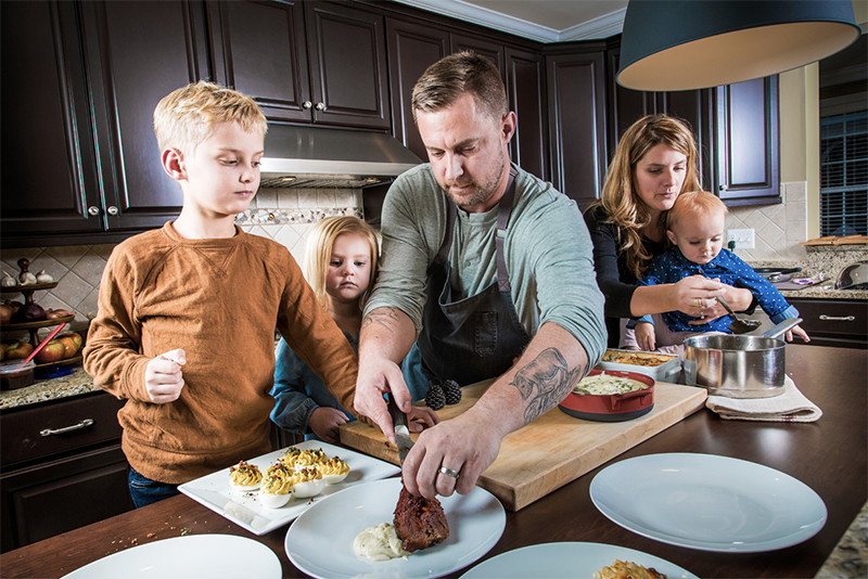 Photo of A few Tips: Chef's and Their Families